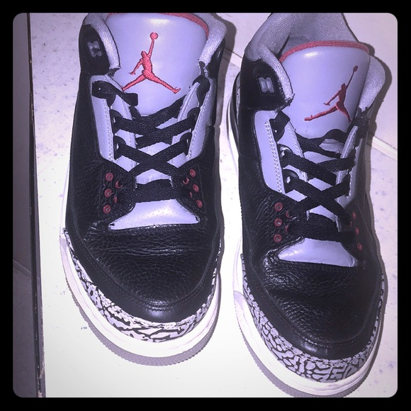 5e2be2ad3dad66 Air-Jordan-3-Retro-Black-Cement-Sz 9.5 -136064-010.  M 5ae14cd6d39ca219320c4168. Other Shoes ...